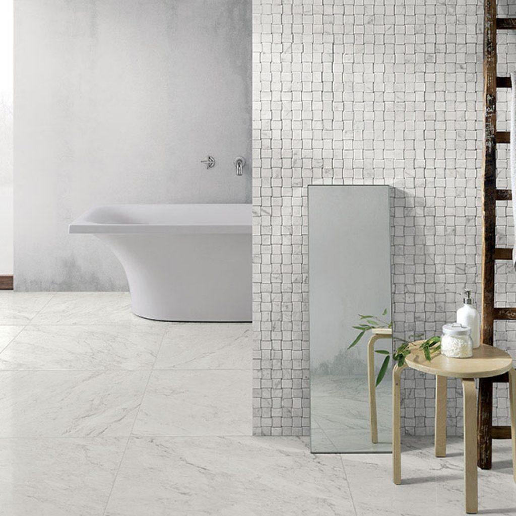 Pavimenti gres porcellanato effetto legno marmo pietra - Bagno parquet e mosaico ...