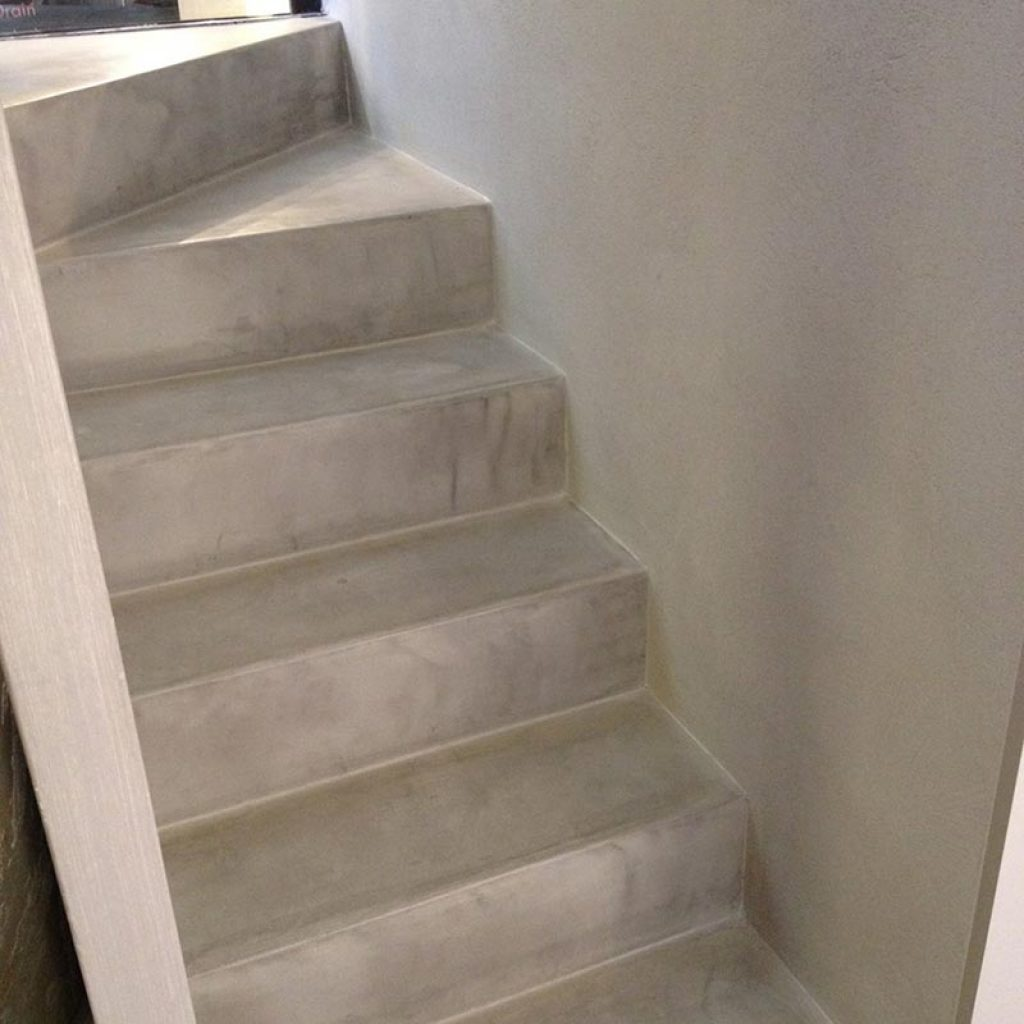 Resina cementizia pavimenti rivestimenti materie srl - Pavimenti in resina per interni costi ...