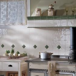 Rivestimento-classico-in-ceramica-cucina
