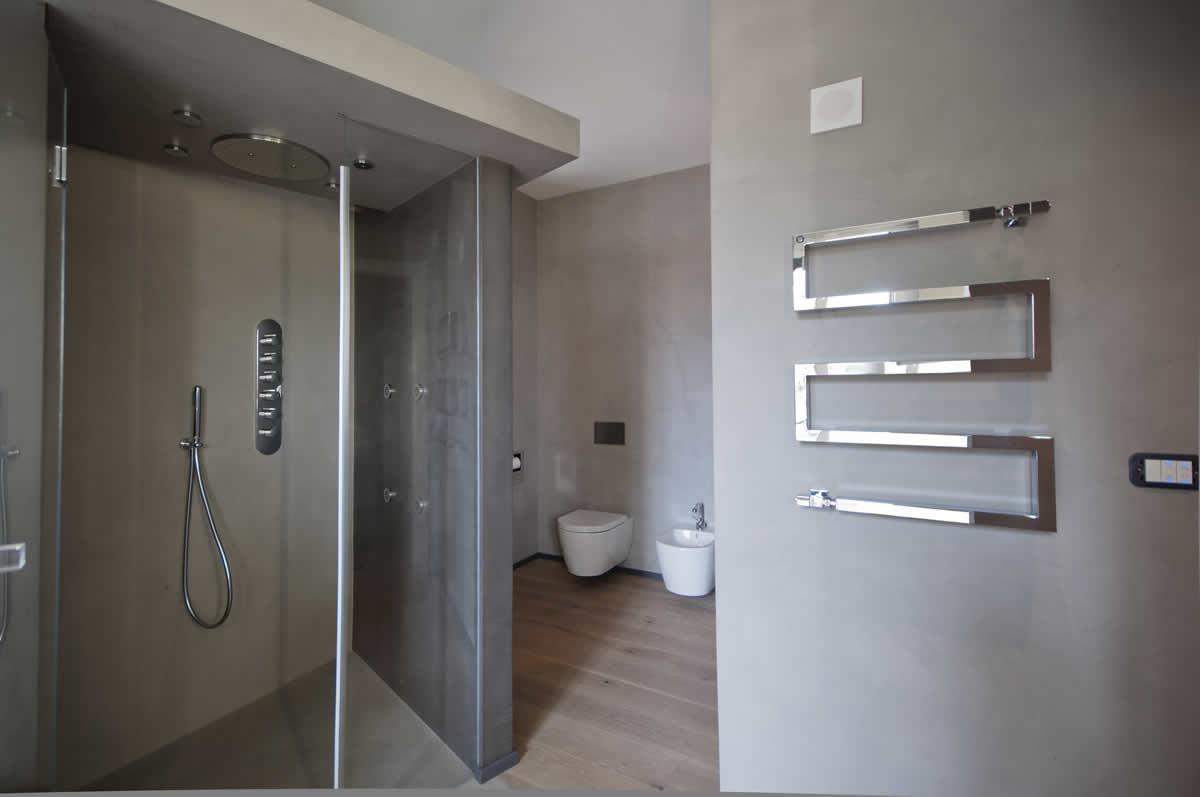 Parquet microcemento e gress porcellanato materie srl - Microcemento bagno ...