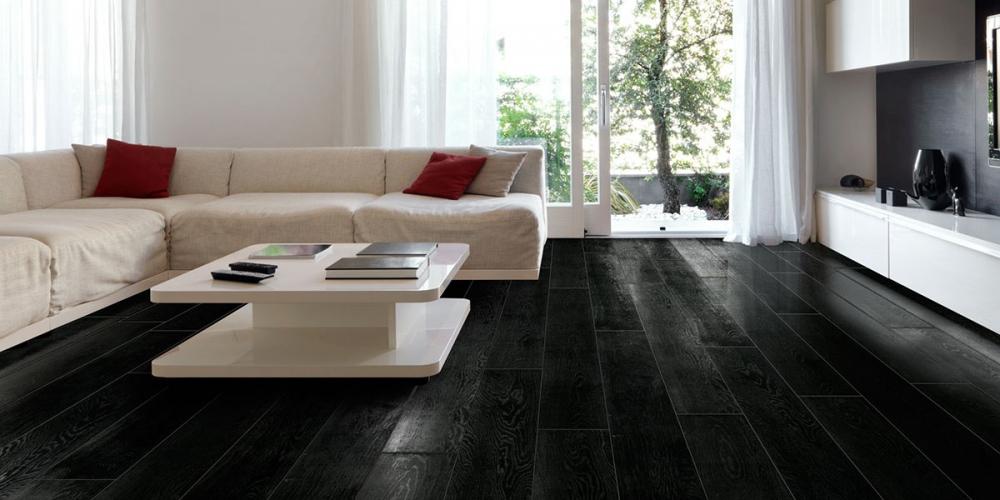 Parquet laminato prefinito rovere e flottante materie srl for Pavimento bianco e nero