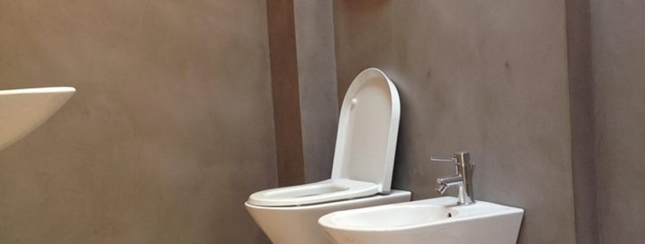Resina piastrelle bagno pavimenti in resina resine design - Pavimenti bagno in resina ...